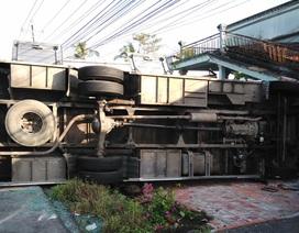 Ô tô đi ăn hỏi tông chết 1 người, nhiều người bị thương