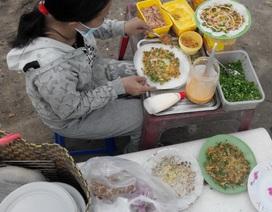 11 học sinh nhập viện…do thức ăn đường phố