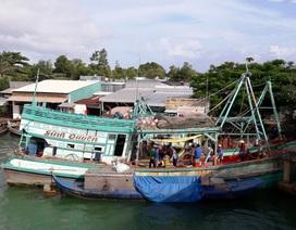 Ngạt khí dưới tàu cá, 1 người chết, 4 người nhập viện