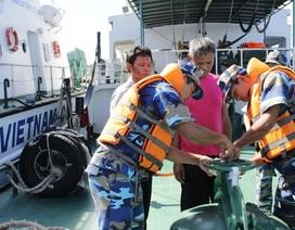 Bắt nhiều vụ mua bán dầu trái phép ở vùng biển Tây Nam