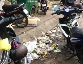 Rác… bủa vây bệnh viện Kiên Giang