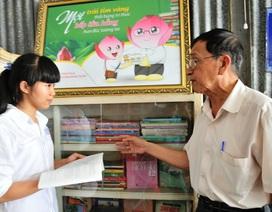 Cảm phục hai bậc cao niên hết lòng với công tác khuyến học