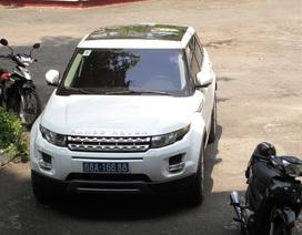 Xuất hiện thêm một xe Range Rover biển xanh ở Kiên Giang?