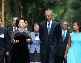 Một ngày bận rộn và những phút thảnh thơi của Tổng thống Mỹ  tại Hà Nội