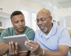 Những điểm cần lưu ý khi mua sắm máy tính bảng cho người già
