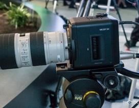"""Canon """"khoe"""" khả năng quay ấn tượng của dòng máy chuyên dụng giá 600 triệu"""