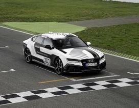 Audi: Xe tự hành đầy đủ sẽ mất 10 năm nữa