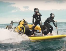 """Ngắm xe đua công thức 1 """"lướt ván"""" trên biển"""