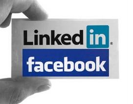 """Facebook thêm tính năng mới """"đe dọa"""" mạng xã hội việc làm LinkedIn"""