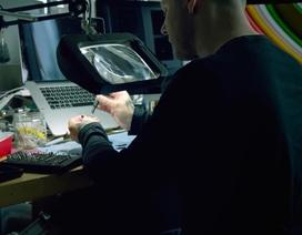 Video hiếm hoi tiết lộ studio thiết kế bí mật của Apple
