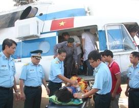 Những chuyến bay cấp cứu thắm tình quân dân