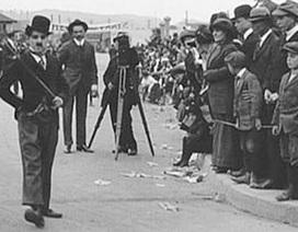 Charlie Chaplin đi trước thời đại với phim ngắn về trào lưu photobomb