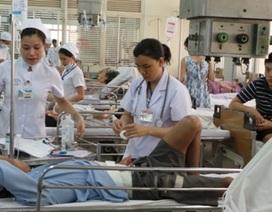 Y tế, giáo dục chưa tận dụng được lạm phát thấp để nâng giá sớm?