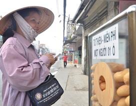 """""""Điều bình thường"""" ấm áp trong tủ bánh mì miễn phí giữa Sài Gòn"""