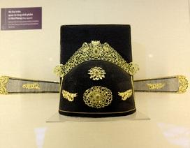 Chiêm ngưỡng những bộ trang phục, vật dụng cung đình triều Nguyễn