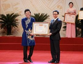 NSƯT Hoài Linh nói gì khi được đặc cách phong tặng danh hiệu NSƯT?