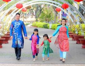 Những hình ảnh hạnh phúc của sao Việt sáng mồng 1 Tết