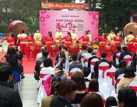 Hà Nội: Phố sách Bính Thân giảm giá tưng bừng