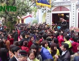 Lòng tham của người Việt khiến đền, chùa quá tải vào đầu năm?