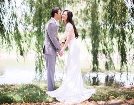 Cựu người mẫu Ngọc Thuý cười không ngớt trong ngày tái hôn