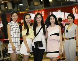 18 người đẹp Hoa hậu Việt Nam 2016 hút ánh nhìn tại sân bay