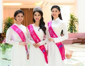 Những hình ảnh đầu tiên của Top 3 Hoa hậu Việt Nam sau ngày đăng quang