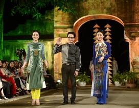 Chuyện về bộ sưu tập áo dài được lấy ý tưởng từ tranh khắc gỗ