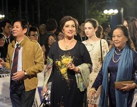 Khoảnh khắc ấn tượng trên thảm đỏ LHP Quốc tế Hà Nội 2016