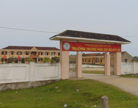 Hà Tĩnh: Hơn 130 học sinh vẫn không được tới trường