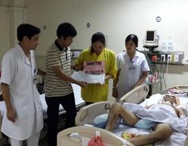 Trao hơn 46 triệu đồng đến gia đình bé Quỳnh Như