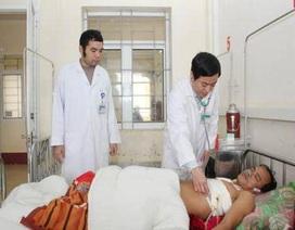 Cứu sống bệnh nhân bị bạn nhậu đâm thấu tim