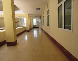 Bệnh nhân trốn nóng, bệnh viện vắng hoe