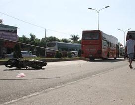 Bị xe khách tông, 1 người tử vong, 2 mẹ con bị thương nặng