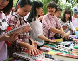"""Văn hóa đọc có thật sự """"xuống cấp""""?"""