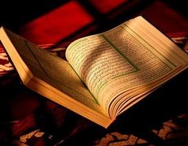 Sau vụ khủng bố đẫm máu, người Pháp đổ xô đi mua sách về đạo Hồi
