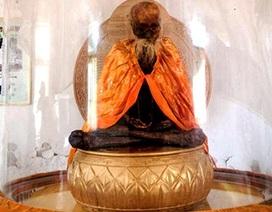 Người dân Trung Quốc đổ xô chiêm bái... xác ướp thầy tu 102 tuổi