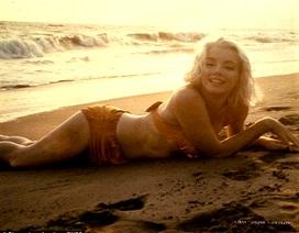 """Ảnh hiếm chụp """"biểu tượng sex"""" Marilyn Monroe chỉ 3 tuần trước khi qua đời"""