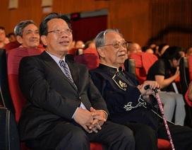 Cuộc đời, sự nghiệp GS. Trần Văn Khê qua hồi ức của con trai (I)