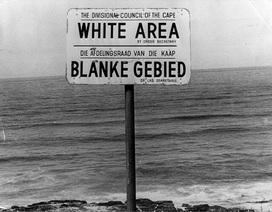 Những hình ảnh kể lại thời kỳ kinh hoàng của chủ nghĩa phân biệt chủng tộc