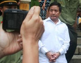 Giám đốc thuê người giết cấp phó bật khóc trước tòa