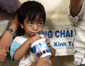 Giải cứu thành công cháu bé 3 tuổi bị ép đi ăn xin, bạo hành
