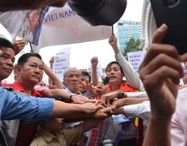 Người dân TPHCM tiếp tục diễu hành phản đối Trung Quốc