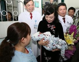Ca mang thai hộ đầu tiên là sự kiện y tế quan trọng của năm