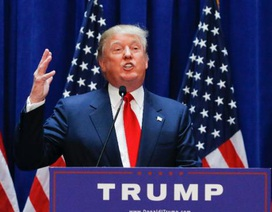 """Nhiều người Anh muốn cấm tỷ phú Trump nhập cảnh sau vụ """"vạ miệng"""""""