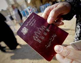 IS đánh cắp hàng chục nghìn hộ chiếu thật để vào châu Âu