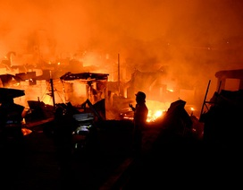 Hỏa hoạn thiêu rụi hơn 1.000 ngôi nhà ở Philippines