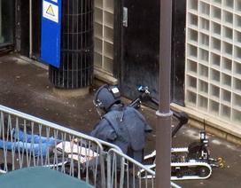 Đồn cảnh sát Paris bị tấn công, 1 năm sau vụ thảm sát Charlie Hebdo
