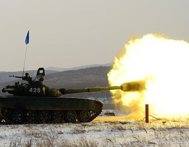 Gần 10.000 lính Nga tập trận sát biên giới Ukraine