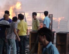 Hỏa hoạn thiêu rụi xưởng chế biến gỗ ngày giáp Tết