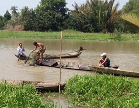 Lật xuồng trên sông, nam sinh viên mất tích